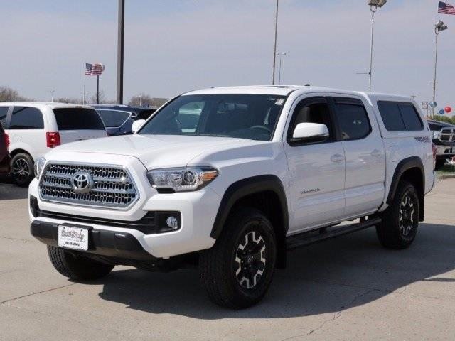 2016 toyota tacoma sr5 v6 4x4 sr5 v6 4dr double cab 5 0 ft. Black Bedroom Furniture Sets. Home Design Ideas