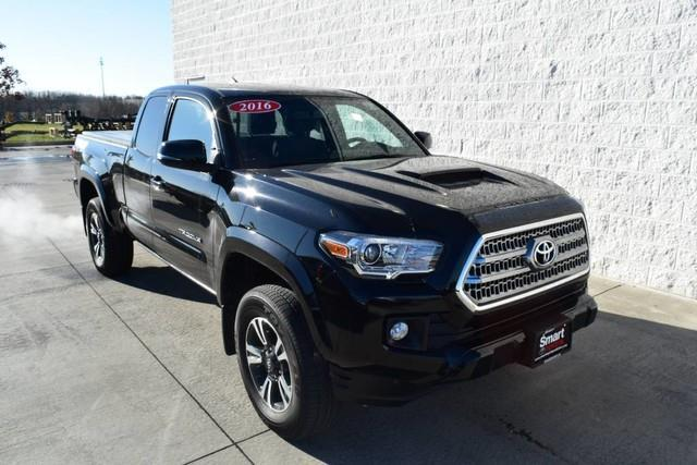 2016 Toyota Tacoma TRD Sport 4x4 TRD Sport 4dr Access