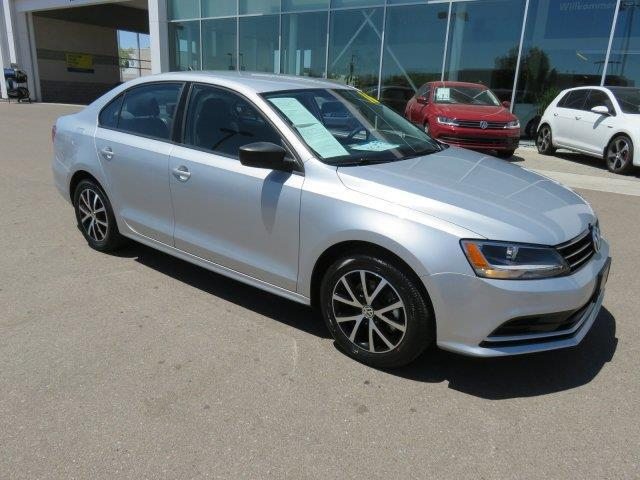 2016 volkswagen jetta 1 4t se 1 4t se 4dr sedan 6a for sale in tucson arizona classified. Black Bedroom Furniture Sets. Home Design Ideas