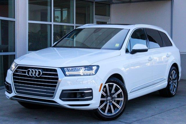 2017 audi q7 3 0t quattro prestige awd 3 0t quattro. Black Bedroom Furniture Sets. Home Design Ideas