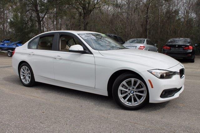 2017 BMW 3 Series 320i 320i 4dr Sedan