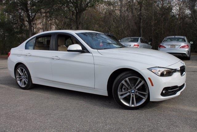 2017 BMW 3 Series 330i 330i 4dr Sedan