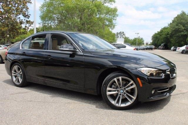 2017 BMW 3 Series 330i 330i 4dr Sedan SA