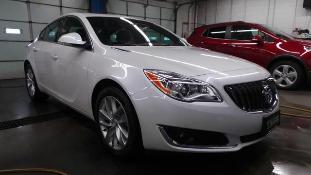 2017 Buick Regal Premium II AWD Premium II 4dr Sedan