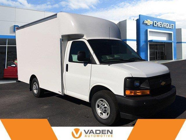 2017 Chevrolet Express Cutaway 3500 3500 2dr 139 in. WB
