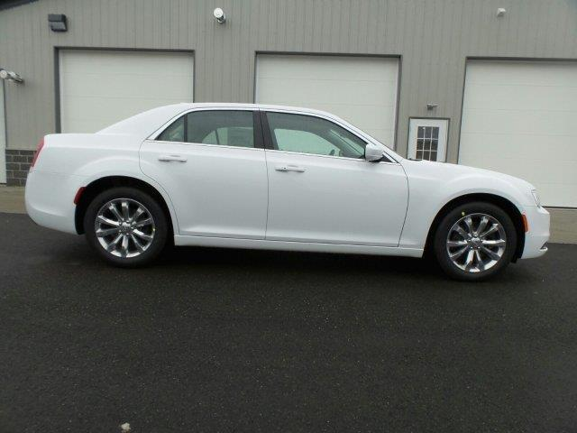 2017 chrysler 300 limited awd limited 4dr sedan for sale in alliance ohio classified. Black Bedroom Furniture Sets. Home Design Ideas