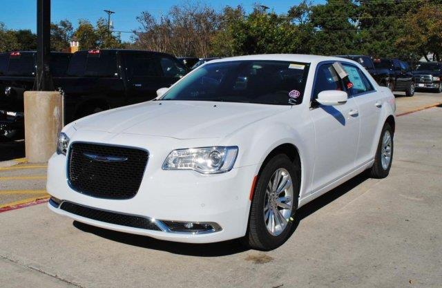 2017 chrysler 300 limited limited 4dr sedan for sale in canyon lake texas classified. Black Bedroom Furniture Sets. Home Design Ideas