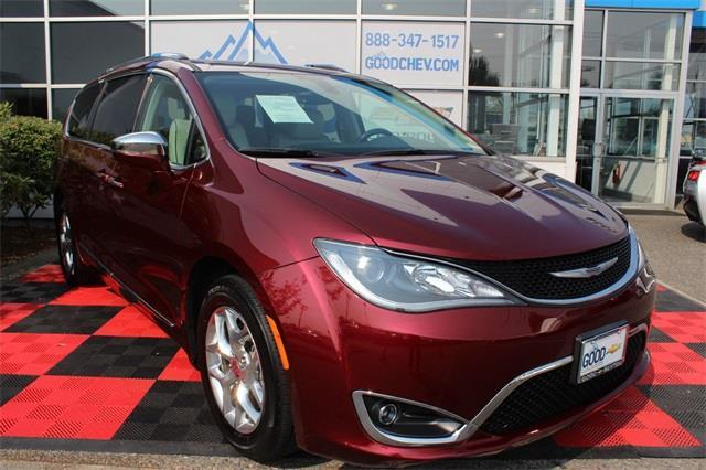 2017 chrysler pacifica limited limited 4dr mini van for sale in renton washington classified. Black Bedroom Furniture Sets. Home Design Ideas