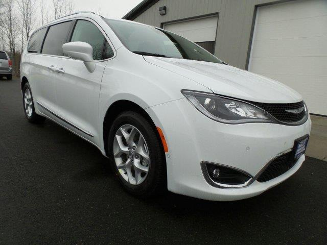 2017 chrysler pacifica touring l plus touring l plus 4dr mini van for sale in alliance ohio. Black Bedroom Furniture Sets. Home Design Ideas