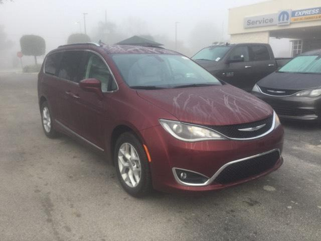 2017 Chrysler Pacifica Touring-L Plus Touring-L Plus