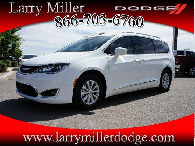 2017 chrysler pacifica touring l touring l 4dr mini van for sale in peoria arizona classified. Black Bedroom Furniture Sets. Home Design Ideas