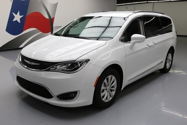 2017 chrysler pacifica touring l touring l 4dr mini van for sale in houston texas classified. Black Bedroom Furniture Sets. Home Design Ideas