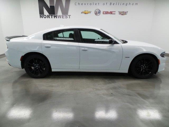2017 Dodge Charger R/T R/T 4dr Sedan