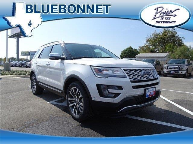 2017 Ford Explorer Platinum AWD Platinum 4dr SUV