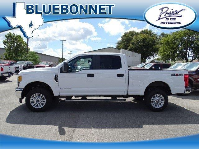 2017 ford f 250 super duty xl 4x4 xl 4dr crew cab 6 8 ft sb pickup for sale in canyon lake. Black Bedroom Furniture Sets. Home Design Ideas