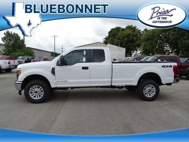 2017 ford f 250 super duty xl 4x4 xl 4dr supercab 6 8 ft sb pickup for sale in canyon lake. Black Bedroom Furniture Sets. Home Design Ideas