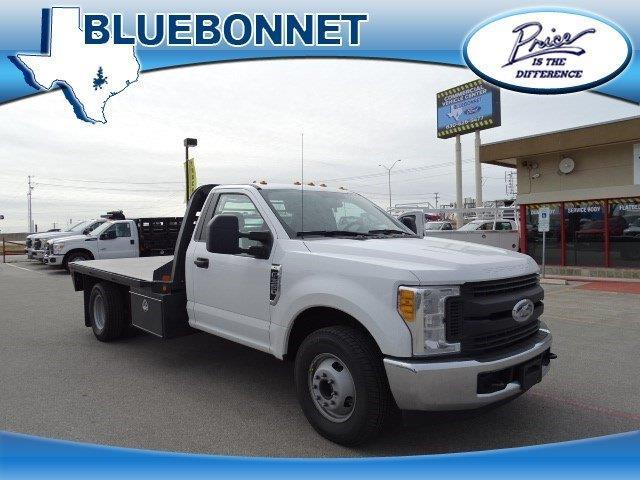 2017 ford f 350 super duty xl 4x2 xl 2dr regular cab 145 in wb drw chassis for sale in canyon. Black Bedroom Furniture Sets. Home Design Ideas