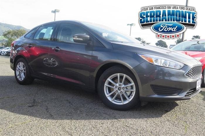 2017 Ford Focus SE SE 4dr Sedan