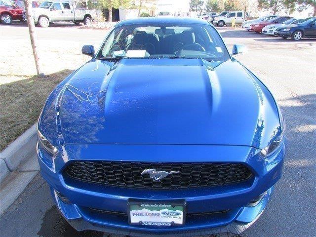 2017 Ford Mustang V6 V6 2dr Fastback