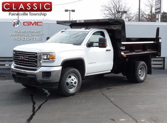 2017 gmc sierra 3500hd cc base 4x4 base 2dr regular cab lwb chassis for sale in concord ohio. Black Bedroom Furniture Sets. Home Design Ideas