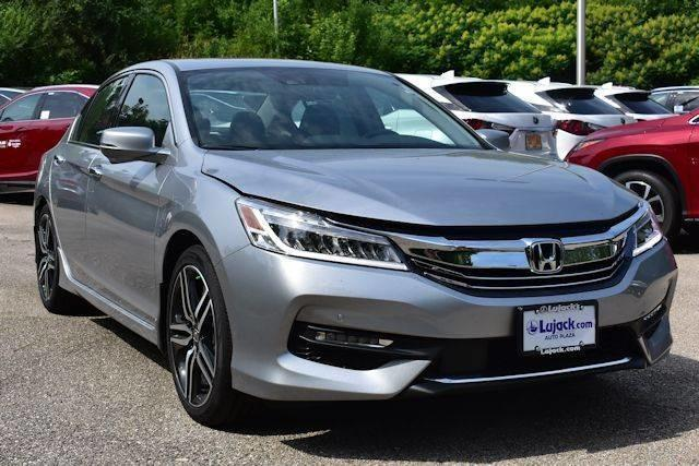 2017 Honda Accord Touring Touring 4dr Sedan