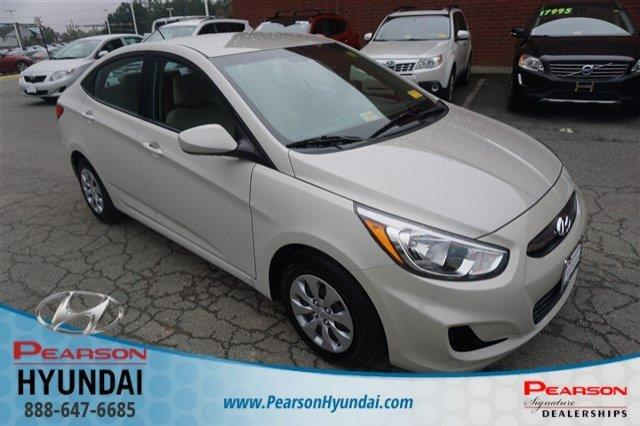 2017 Hyundai Accent SE SE 4dr Sedan 6A