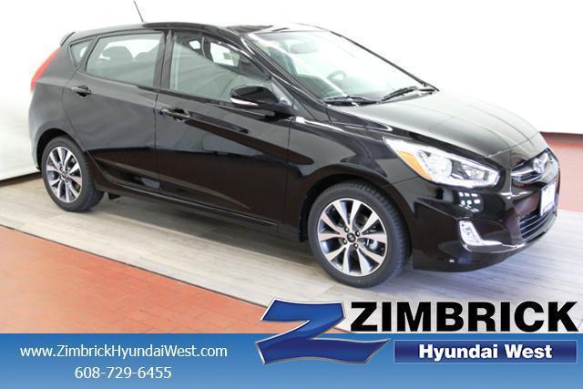 2017 Hyundai Accent Sport Sport 4dr Hatchback 6A