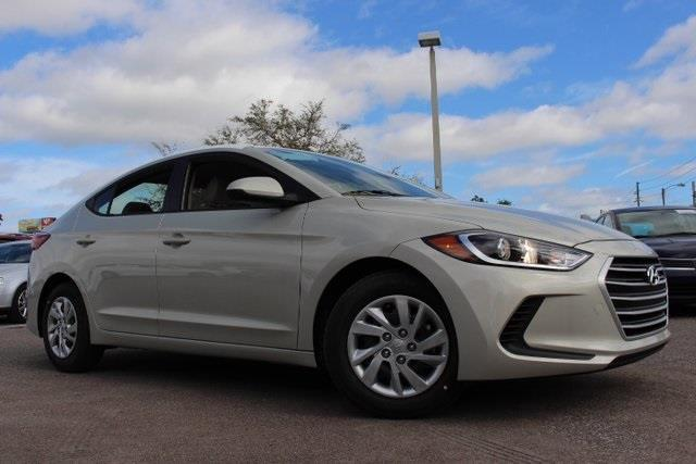 2017 hyundai elantra se se 4dr sedan pzev for sale in saint petersburg florida classified. Black Bedroom Furniture Sets. Home Design Ideas
