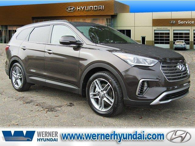 2017 Hyundai Santa Fe SE Ultimate SE Ultimate 4dr SUV for