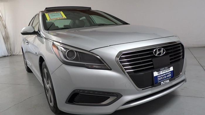 2017 Hyundai Sonata Hybrid Limited Limited 4dr Sedan W Blue Pearl Interior For Sale In Fresno
