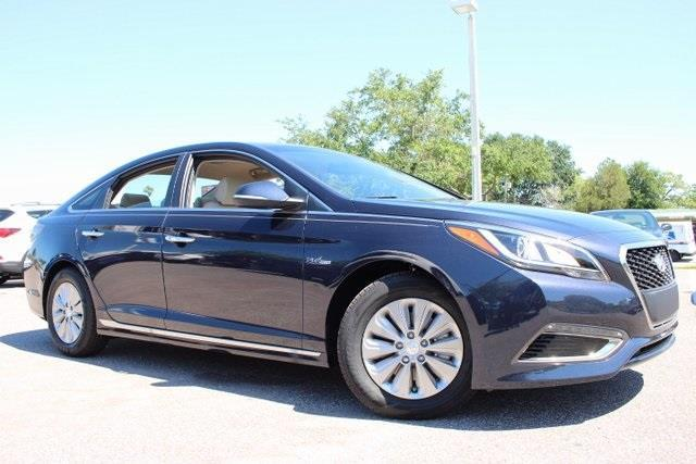 2017 hyundai sonata hybrid se se 4dr sedan for sale in saint petersburg florida classified. Black Bedroom Furniture Sets. Home Design Ideas
