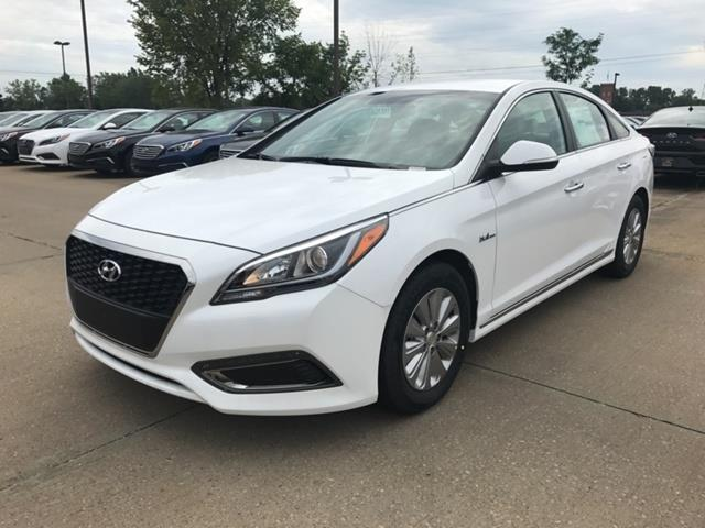 2017 hyundai sonata hybrid se se 4dr sedan for sale in concord ohio classified. Black Bedroom Furniture Sets. Home Design Ideas
