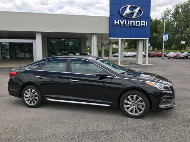 2017 hyundai sonata limited limited 4dr sedan for sale in acorn kentucky classified. Black Bedroom Furniture Sets. Home Design Ideas