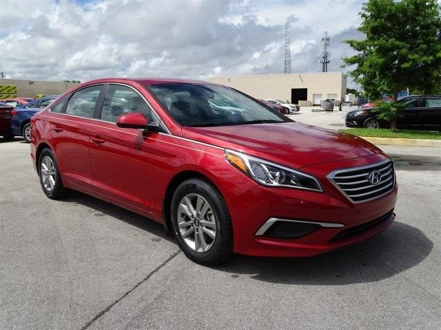 2017 hyundai sonata se se 4dr sedan for sale in deerfield. Black Bedroom Furniture Sets. Home Design Ideas