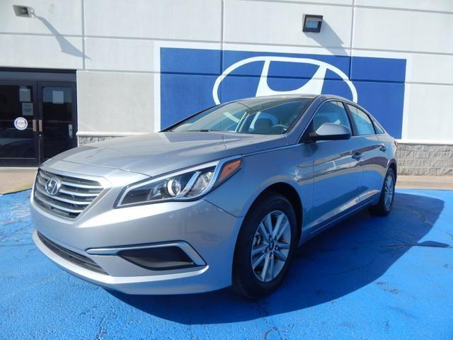 2017 hyundai sonata se se 4dr sedan for sale in oklahoma city oklahoma classified. Black Bedroom Furniture Sets. Home Design Ideas
