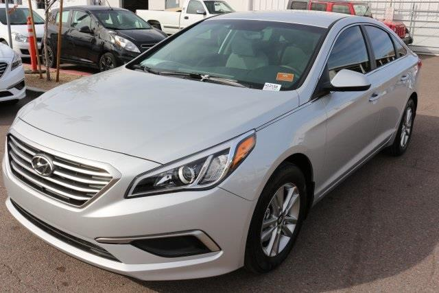 2017 hyundai sonata se se 4dr sedan for sale in phoenix. Black Bedroom Furniture Sets. Home Design Ideas