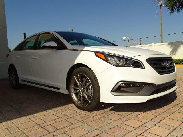 Hyundai Sonata 2.0 T For Sale >> 2017 Hyundai Sonata Sport 2.0T Sport 2.0T 4dr Sedan w/Black Leather Interior for Sale in ...