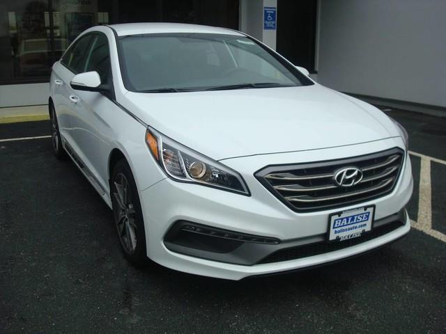 2017 hyundai sonata sport 2 0t sport 2 0t 4dr sedan w black leather interior for sale in hyannis. Black Bedroom Furniture Sets. Home Design Ideas