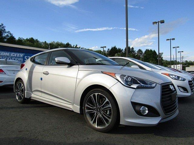 2017 Hyundai Veloster Turbo Base 3dr Coupe 6M w/Black