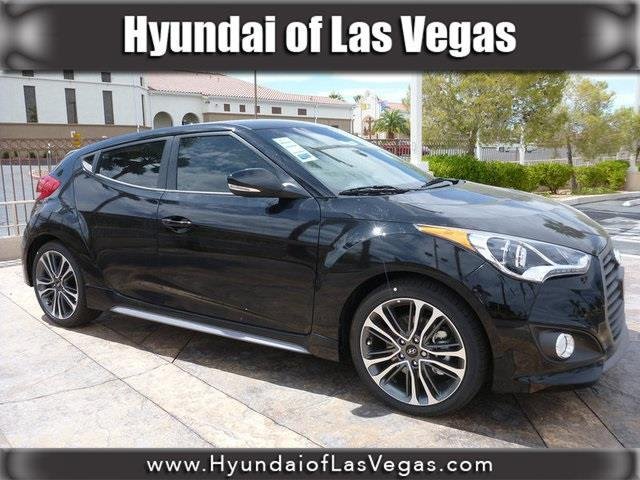 2017 Hyundai Veloster Turbo Base 3dr Coupe DCT w/Black