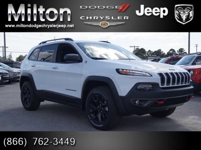 2017 jeep cherokee trailhawk 4x4 trailhawk 4dr suv for sale in milton florida classified. Black Bedroom Furniture Sets. Home Design Ideas