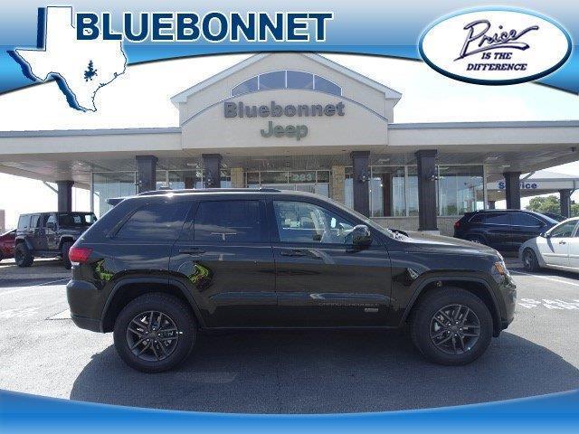 2017 jeep grand cherokee altitude 4x2 altitude 4dr suv for. Black Bedroom Furniture Sets. Home Design Ideas