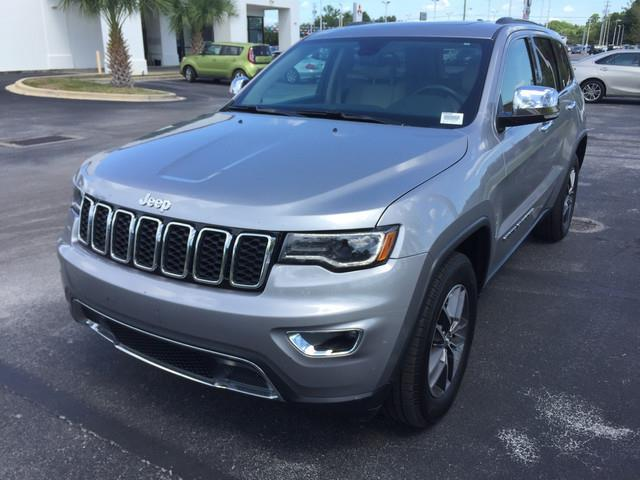 2017 Jeep Grand Cherokee Limited 4x2 Limited 4dr SUV