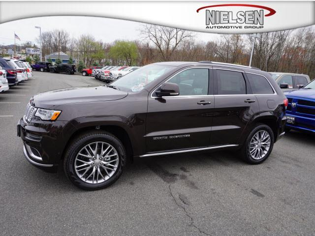 2017 jeep grand cherokee summit 4x4 summit 4dr suv for sale in rockaway new jersey classified. Black Bedroom Furniture Sets. Home Design Ideas