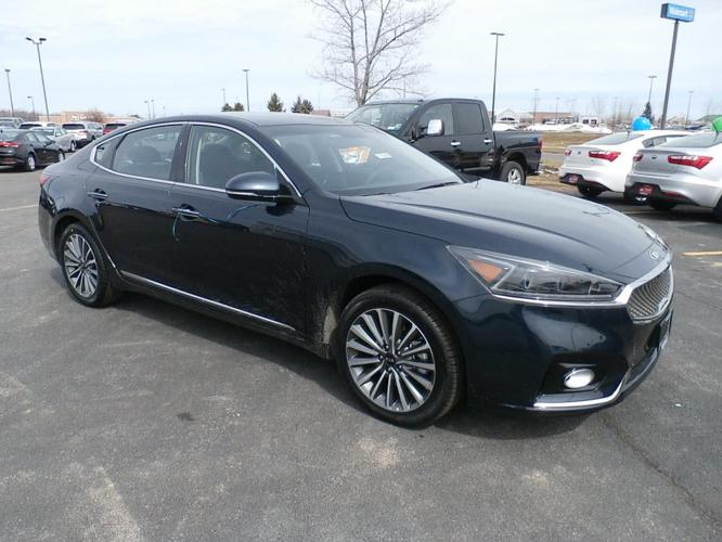 2017 kia cadenza premium premium 4dr sedan for sale in liverpool new york classified. Black Bedroom Furniture Sets. Home Design Ideas