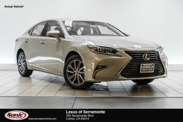2017 Lexus ES 300h Base 4dr Sedan