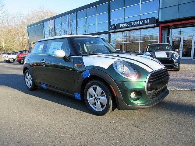 2017 MINI Hardtop 2 Door Cooper Cooper 2dr Hatchback