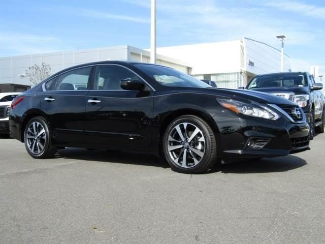 2017 nissan altima 2 5 sr 2 5 sr 4dr sedan for sale in daytona beach florida classified. Black Bedroom Furniture Sets. Home Design Ideas