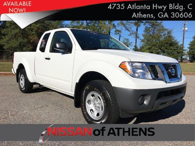 2017 Nissan Frontier S 4x2 S 4dr King Cab 6.1 ft. SB 5M