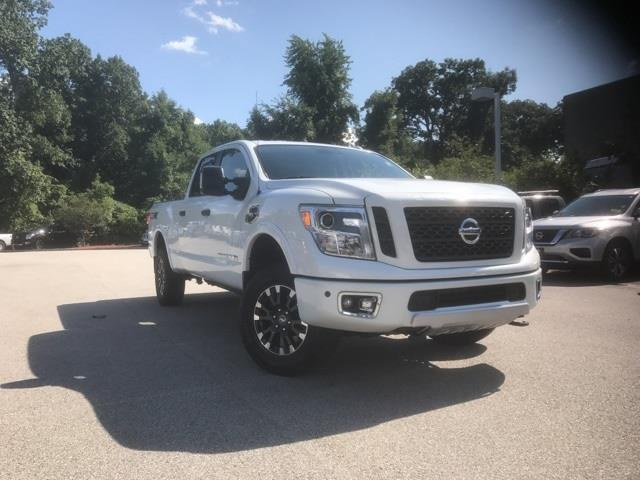2017 nissan titan xd pro 4x 4x4 pro 4x 4dr crew cab for sale in auburn massachusetts classified. Black Bedroom Furniture Sets. Home Design Ideas